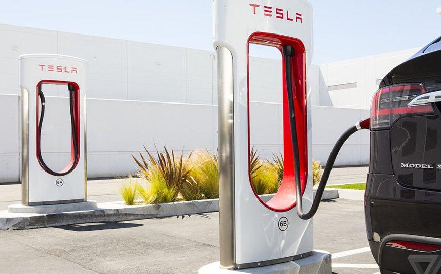 TeslaSuperEVcharger.jpeg
